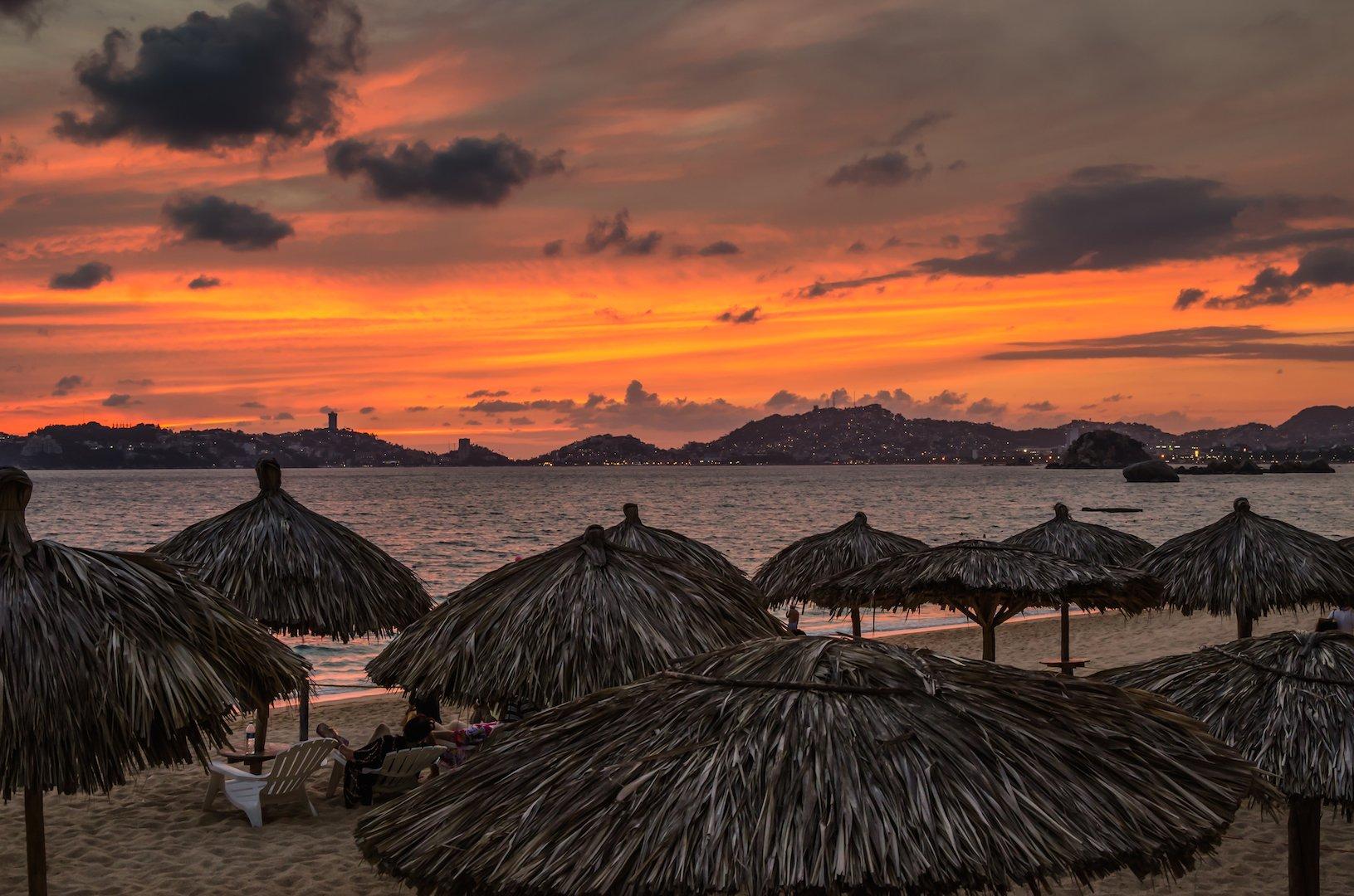 acapulco-sunset